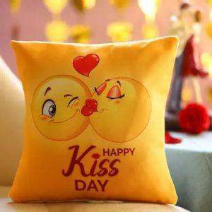 happy-kiss-day