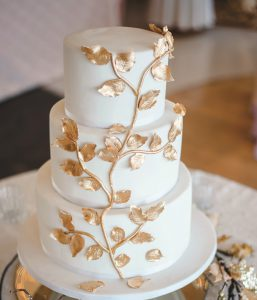 Vanilla Cake with Golden Petals
