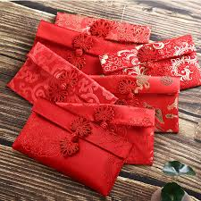 red cny packets